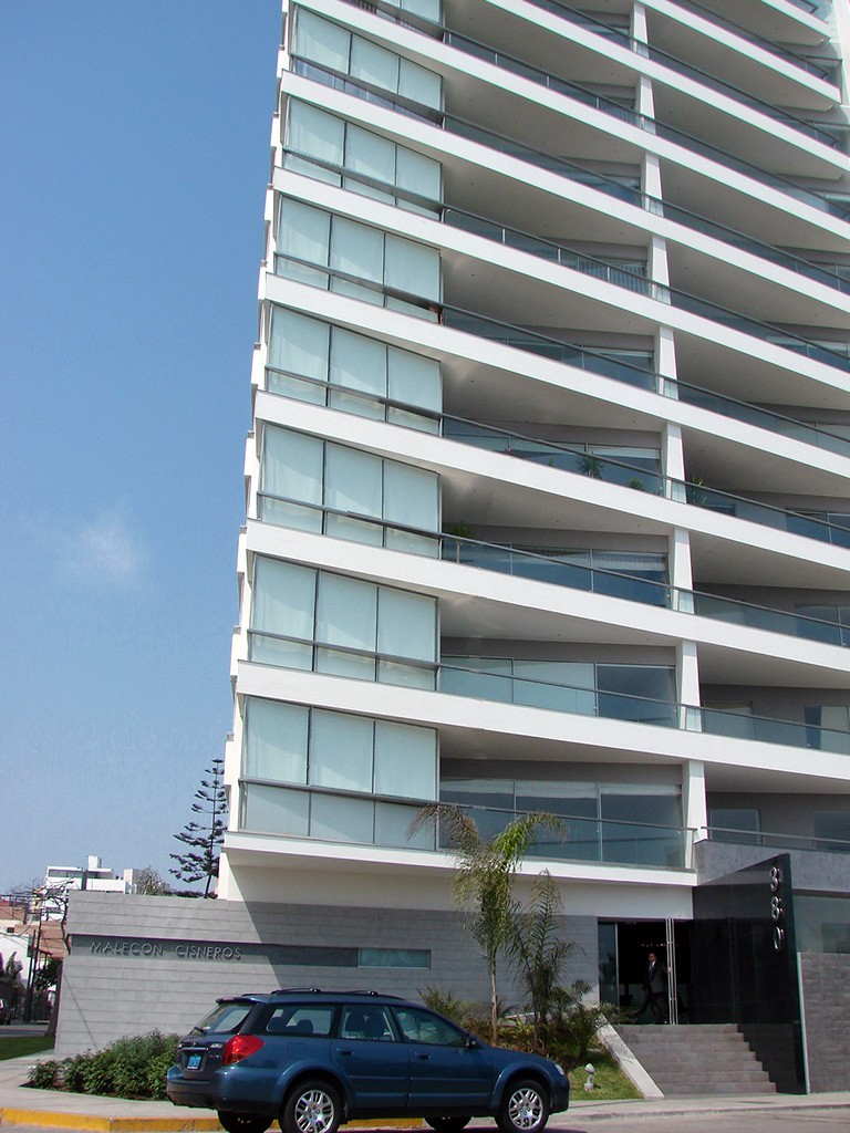 edificio-malecon-ciscneros-04